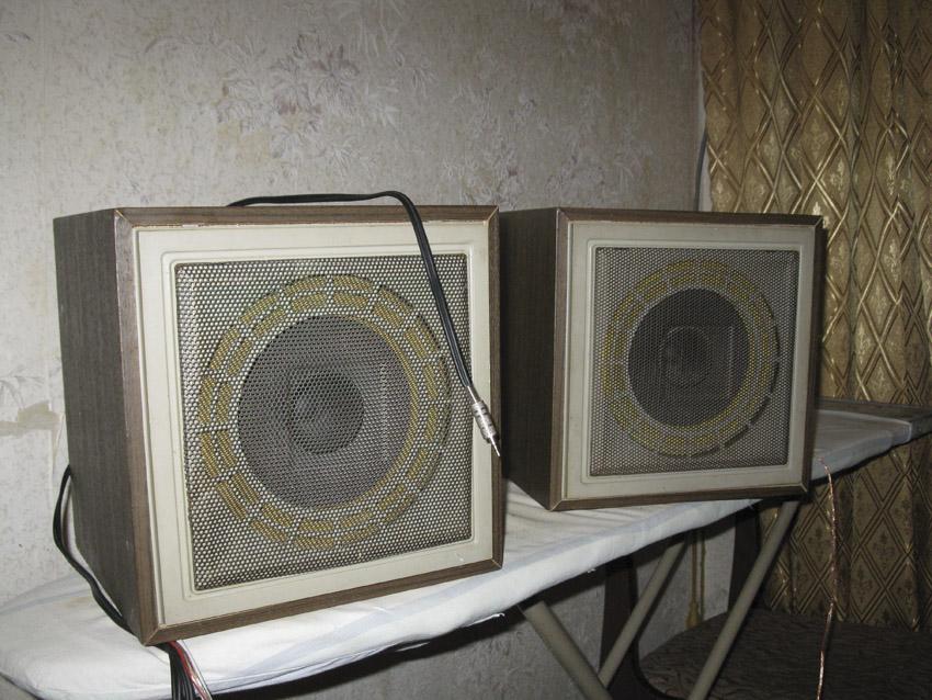 Изображения. вход 3,5мм., использовались с ПК, маяковские колонки, в которы