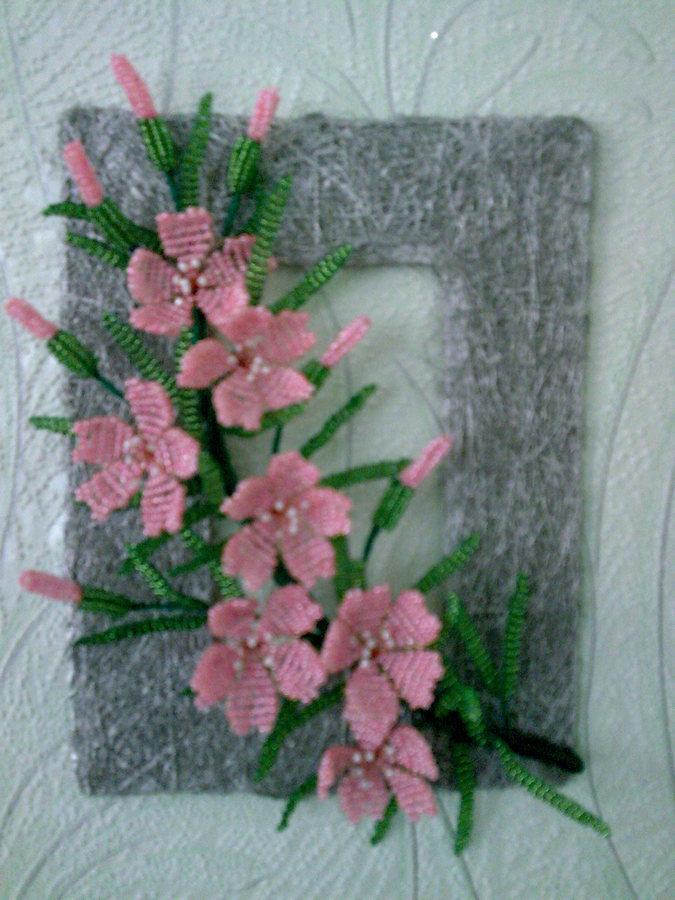 Цветы на стену из бисера мастер класс с пошаговым